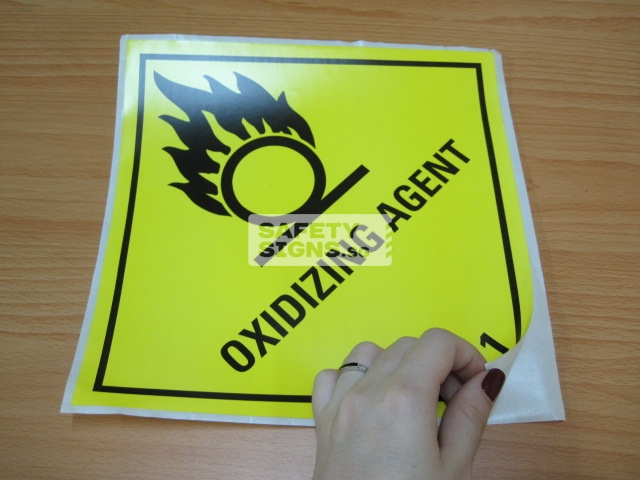 Oxidizing Agent. Paper Sticker.