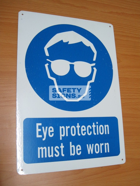 Eye Protection Must Be Worn. Aluminum - Suitable for outdoor use.