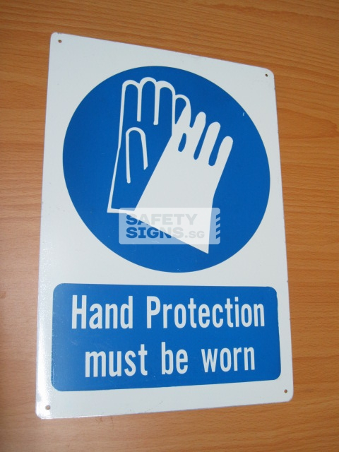 Hand Protection Must Be Worn. Aluminum - Suitable for outdoor use.