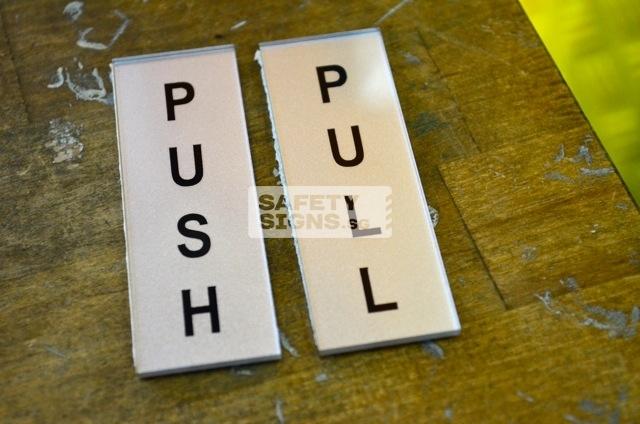 Push Pull Vertical silver black