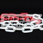 Red & White Plastic Chain